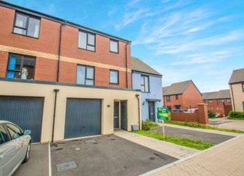 Thumbnail 4 bed town house for sale in Mariners Walk, Barry, Barry