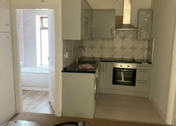Thumbnail 2 bed flat to rent in Glodwick Road, Oldham