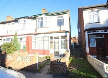 Thumbnail 2 bedroom flat to rent in Thornton Road, Ilford