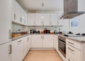2 bed flat for sale in Macaulay Road, London SW4