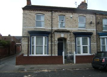 Thumbnail 1 bed flat to rent in Fountayne Street, York