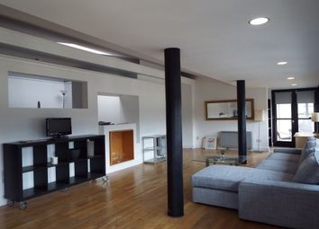 Thumbnail 2 bed flat to rent in 47 Cochrane Street, Glasgow