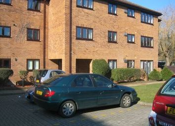 Thumbnail 2 bed flat to rent in Imperial Road, Windsor
