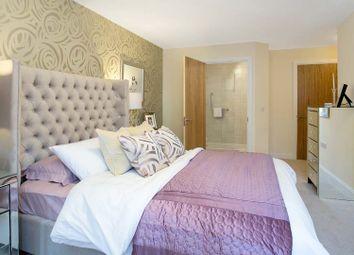 Thumbnail 2 bed flat for sale in Bridge Avenue, Maidenhead