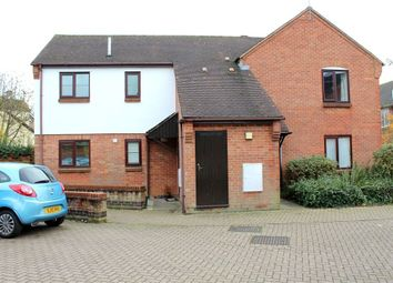 Thumbnail 1 bed flat for sale in House Lane, Sandridge, St Albans, Hertfordshire