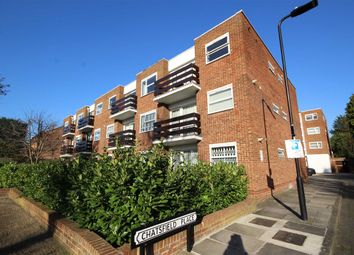 Thumbnail Studio to rent in Chatsfield Place, London