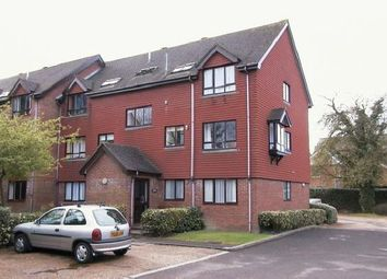 Thumbnail 1 bed flat to rent in North Parade, Horsham