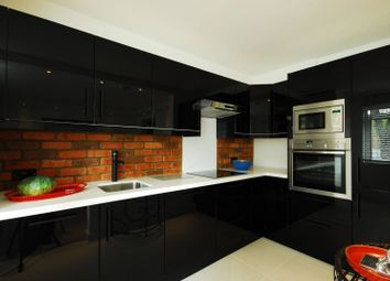 Thumbnail 1 bed flat to rent in Elm Park Gardens, Chelsea