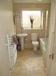 Thumbnail 1 bedroom flat to rent in Inglewood Court, Reading
