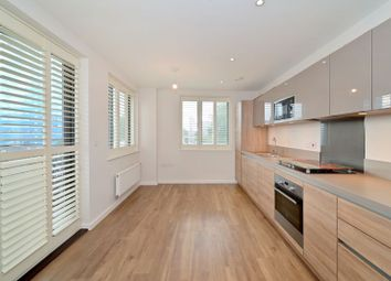 Pioneer Court, London E16. 1 bed flat