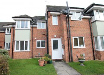 Thumbnail 1 bedroom flat to rent in Regents Court, Finkle Street, Cottingham
