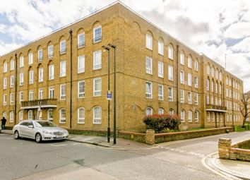 Thumbnail 1 bed flat to rent in Frobisher House, Wapping