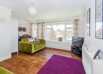 Thumbnail 2 bed maisonette for sale in Kilby Close, Watford, Herts