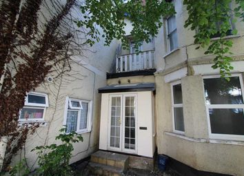 Thumbnail 1 bed flat to rent in Britannia Road, Westcliff On Sea, Essex