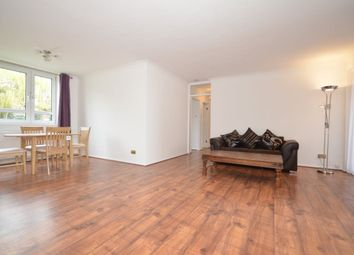 3 bed property to rent in Great North Road, London N2