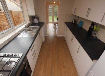 Thumbnail 4 bed property to rent in Catherine Street, Reading