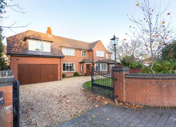 Thumbnail 6 bed detached house to rent in Common Lane, Culcheth