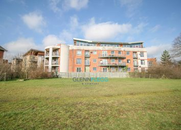 2 bed flat for sale in Windmill Road, Slough SL1