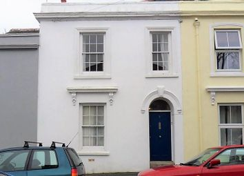 4 bed property to rent in Clifton Place, Falmouth TR11