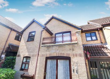 2 bed flat for sale in Russell Court, Rushden NN10