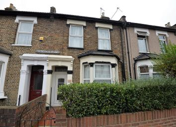 Thumbnail 1 bed flat to rent in Murchison Road, Leyton, London