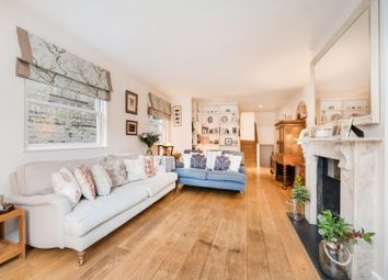 Thumbnail 3 bedroom flat for sale in Wandsworth Bridge Road, Parsons Green, Fulham, London