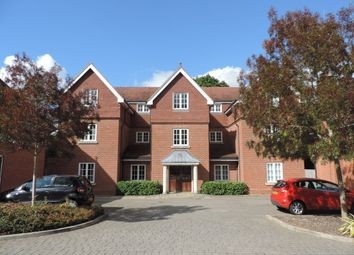 Thumbnail 1 bed flat to rent in Wychwood Place, Winchester