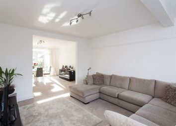 Thumbnail Room to rent in Woodend Road, Harrow