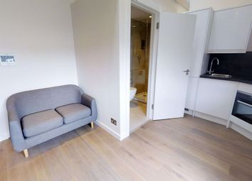 Thumbnail Property to rent in Crediton Hill, London