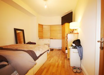 Thumbnail 1 bed flat to rent in Kinloch Drive, Kingsbury