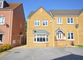 Thumbnail 3 bed town house for sale in Springfield Road, Lofthouse, Wakefield