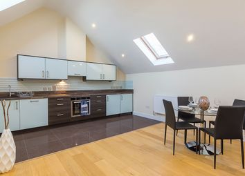 Woodford Green, Essex IG8. 3 bed mews house