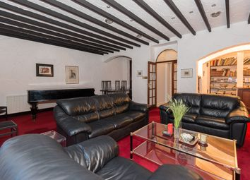 Thumbnail 3 bed flat to rent in Queens Gate Gardens, Kensington