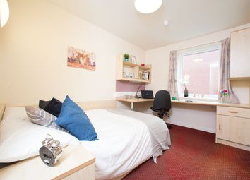 Thumbnail 4 bed flat to rent in Victoria Street, Preston