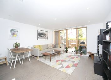 Thumbnail 3 bed flat for sale in Swimmers Lane, Haggerston