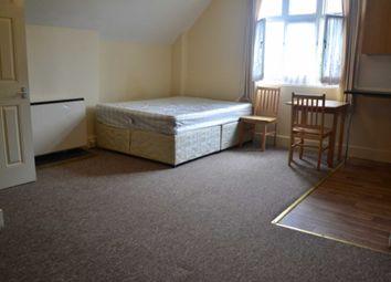 Thumbnail Studio to rent in Castlebar Hill, London