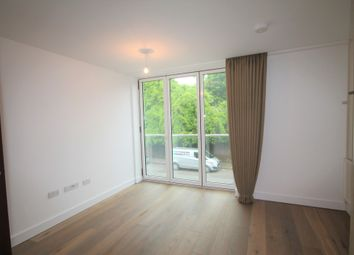 Thumbnail 2 bed flat to rent in Knoll Rise, Orpington
