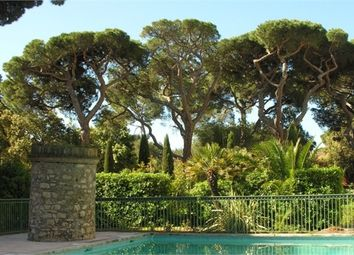 Thumbnail 2 bed apartment for sale in Provence-Alpes-Côte D'azur, Var, Hyeres