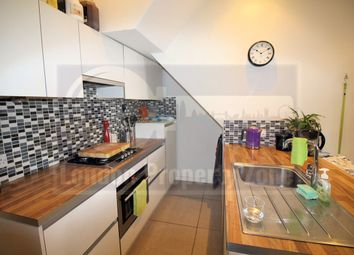 Thumbnail 1 bed flat to rent in Laurence Mews, Shepherds Bush