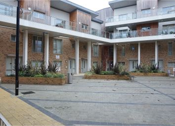 Thumbnail 1 bed flat to rent in 6 Kidwells Close, Maidenhead