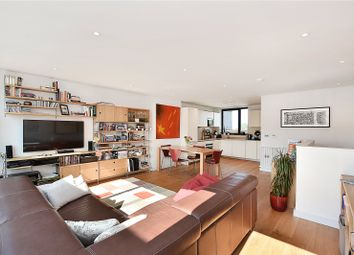 3 bed maisonette for sale in Hawthorne Crescent, London SE10