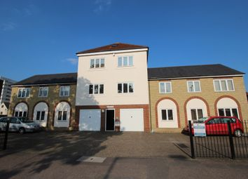 Thumbnail 1 bed flat to rent in Taverners Way, Hoddesdon
