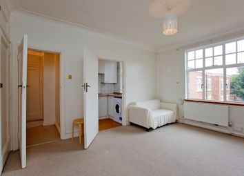 Thumbnail 1 bedroom flat to rent in Belsize Grove, Belsize Park, London