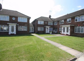 2 bed maisonette to rent in Magnolia Court, The Mall, Kenton HA3