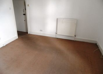 Thumbnail 1 bed flat to rent in Brockley Road, Brockley