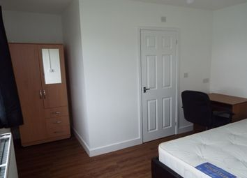 Thumbnail Room to rent in Dilcock Way, Coventry