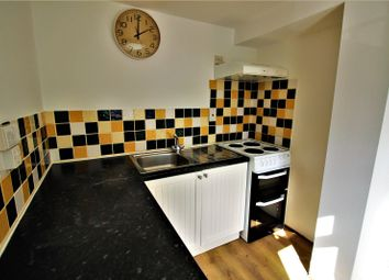 Thumbnail 3 bed flat to rent in Upper Wickham Lane, Welling, Kent