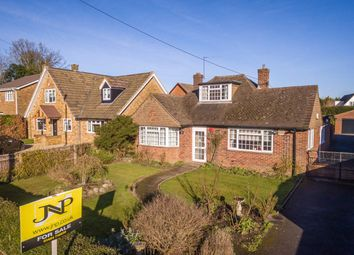3 bed bungalow for sale in New Pond Road, Holmer Green, High Wycombe, Buckinghamshire HP15