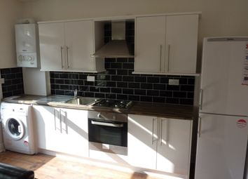 Thumbnail 1 bed flat to rent in Green Lanes, Stoke Newington