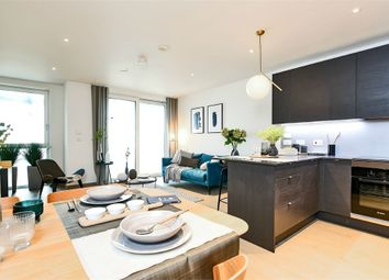 Thumbnail 1 bed flat for sale in Taper Building, Long Lane, London